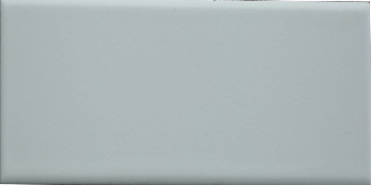 Y1B052002 White